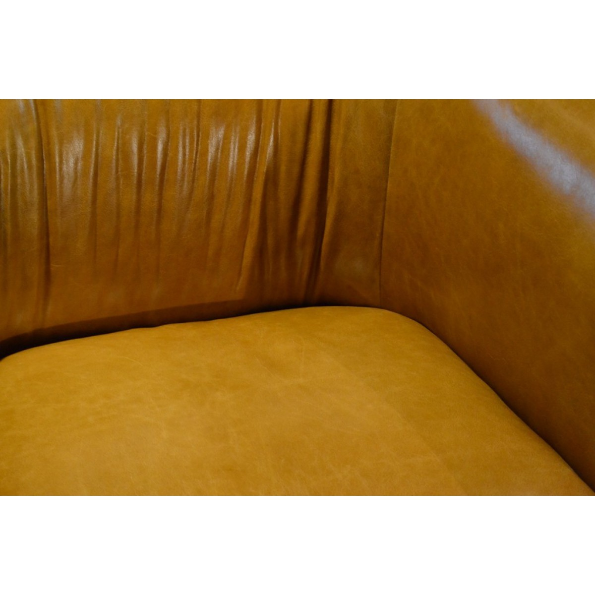 fauteuil_trias_tribeca_leder_cognac_dasilva_tabacco_easy_sofa_tom_club_collection_detail