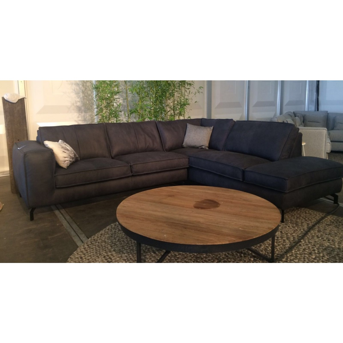 valerio-hoekbank-colorado-leder-zonder-ruitmotief-easy-sofa-1