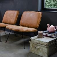 fauteuil_caramba_shabbies_fred_de_la_bretoniere_africa_leer_walnut_miltonhouse-walnut