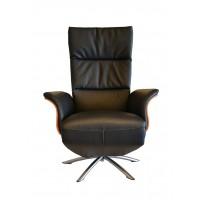 relaxfauteuil_relaxstoel_hjort_knudsen_5091_houten_schaaldelen_leer_leder_frejus_voorzijde